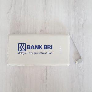Powerbank berlogo untuk branding merek usaha
