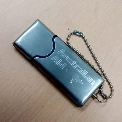 flashdisk metal souvenir murah