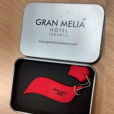 Flashdisk unik berlogo murah dan berkualitas untuk branding merek hotel & resort Grand Melia