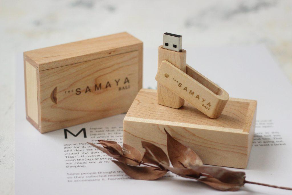 USB Flashdisk kayu murah dan berkualitas untuk branding merek bisnis